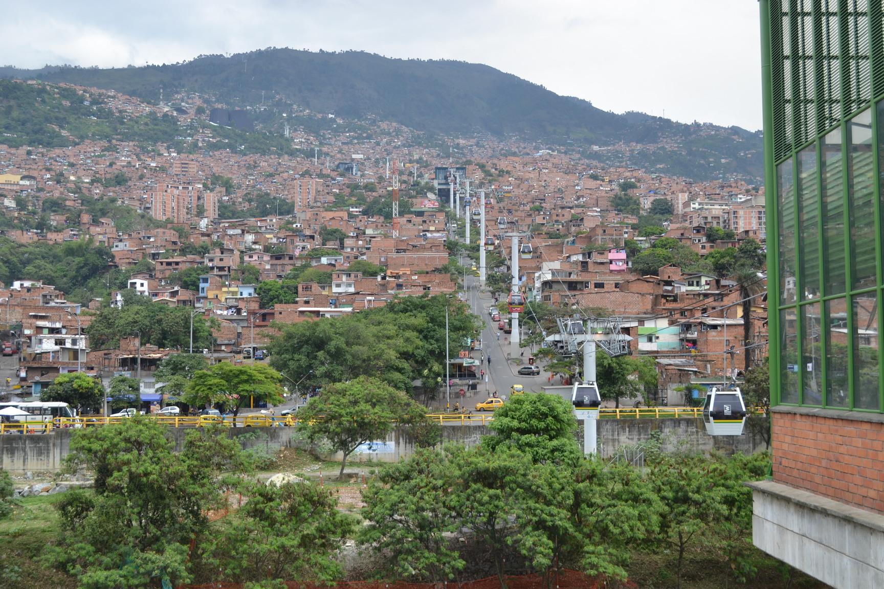 Filmy o Kolumbii – La Sierra i Rosario Tijeras